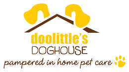 Doolittle's Doghouse Pampered in Home Pet Care Logo